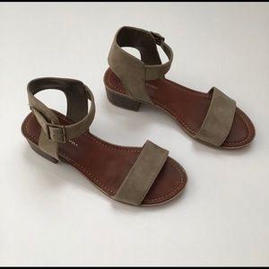 Rock & Candy Nancie Sandal Size 7
